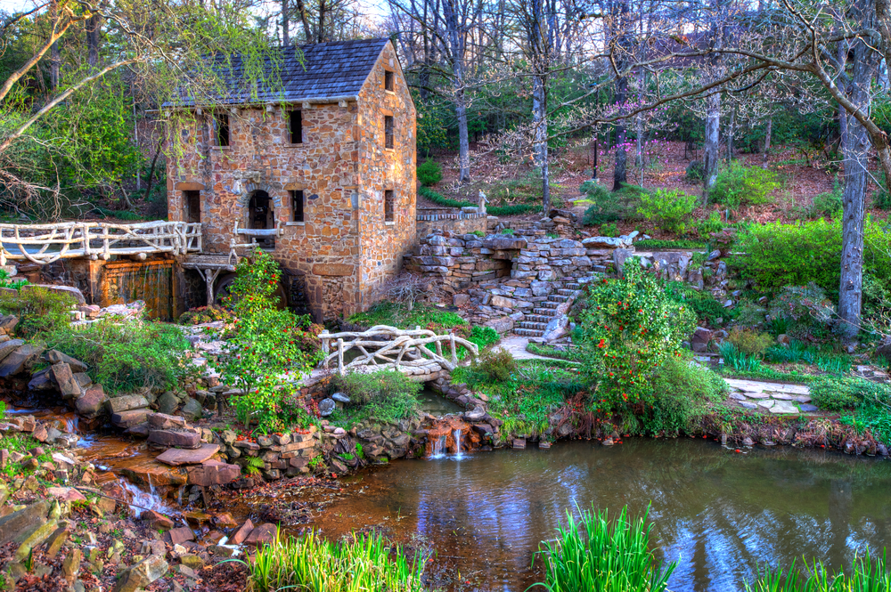 The Old Mill is a popular and pretty thing to see in Arkansas.