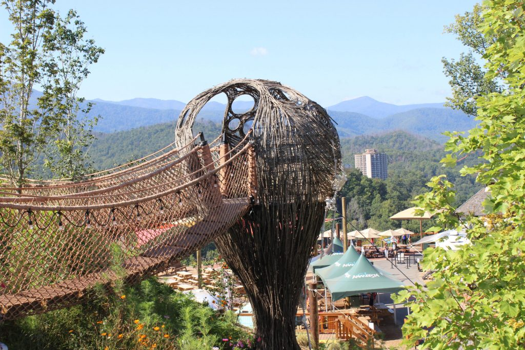 Photo of the amazing tree house found at Anakeesta Theme Park in Gatlinburg. One of the best things to do in Gatlinburg with a family or large group.