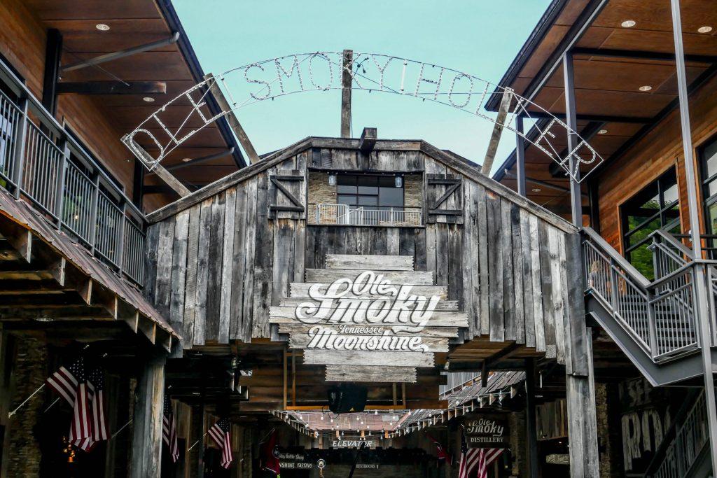 Photo of the Ole Smoky Moonshine Distillery main entrance.