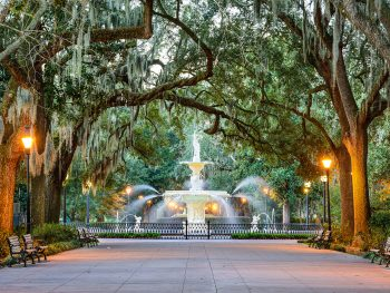 Fountain in Forsyth park, one of the best things to do in Savannah Georgia