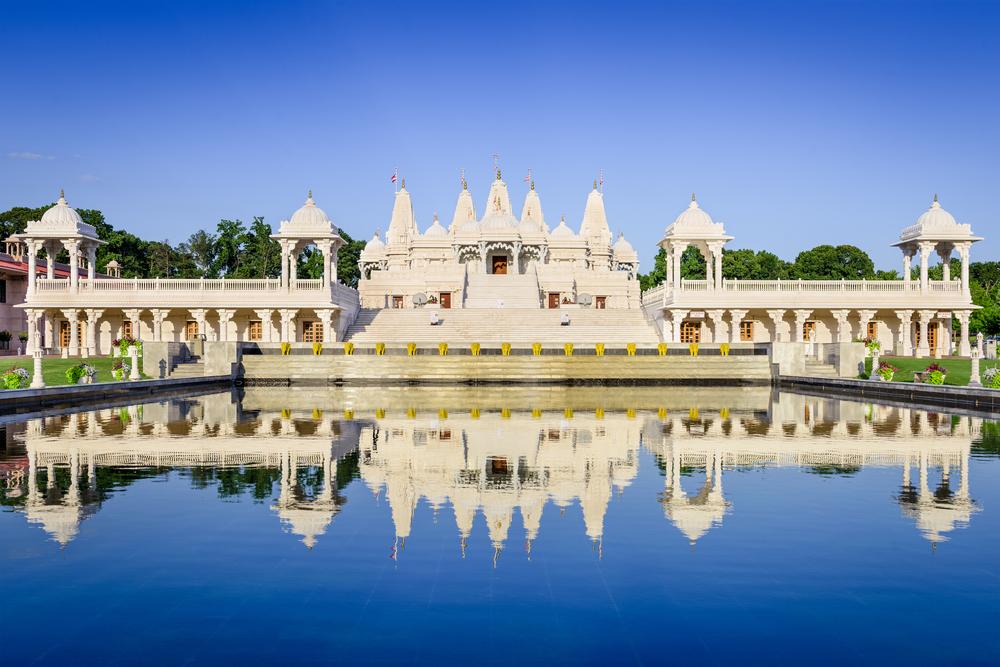 The BAPS Shri Swaminarayan Mandir temple