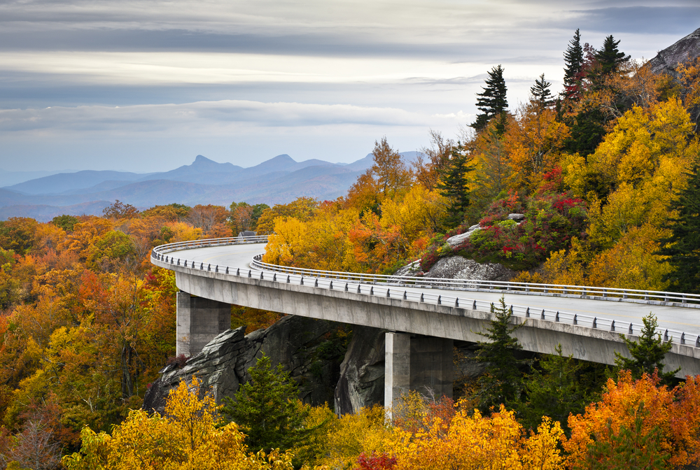 Photo of the Blue Ridge Parkway, one of the best weekend getaways in the South.