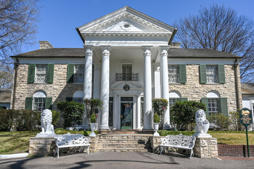 The entrance of Elvis' home, Graceland, one of the best stops on a Tennessee road trip