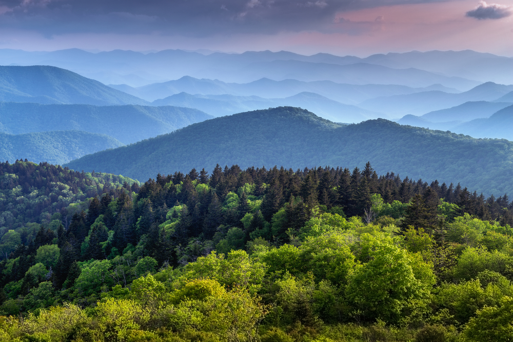 Great Smokey Mountains National Park, Tennessee is one of the most stunning southern national parks the us has to offer