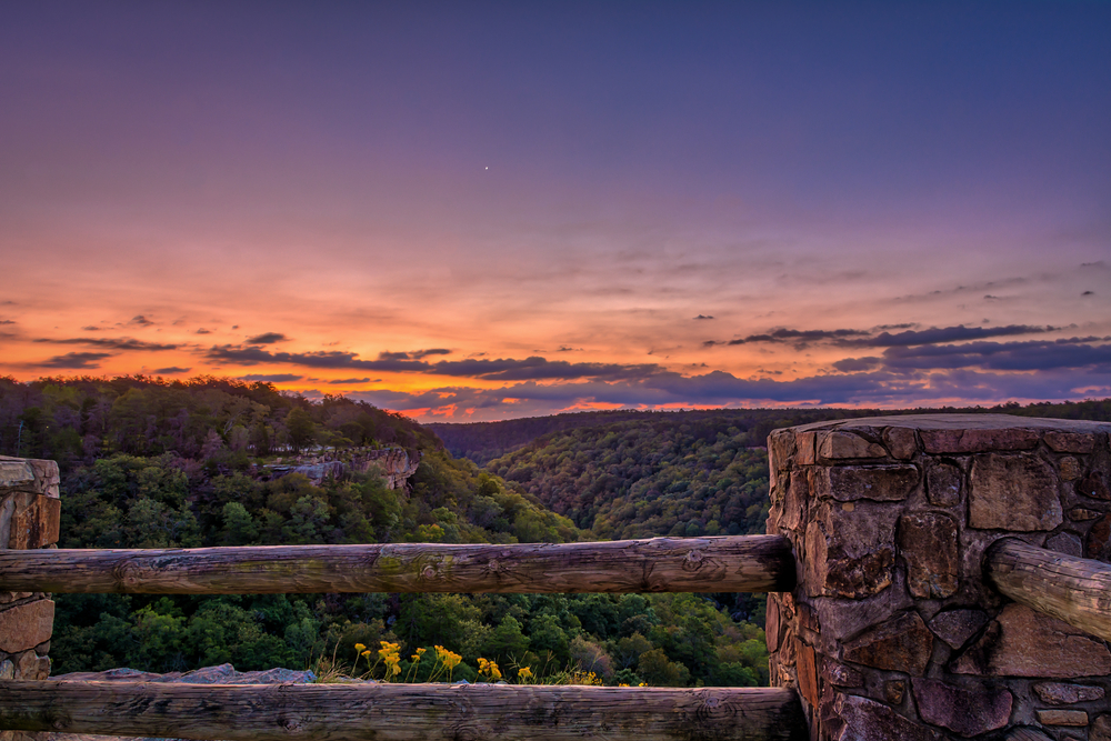 a photo of little river canyon one of the best weekend getaways in north alabama