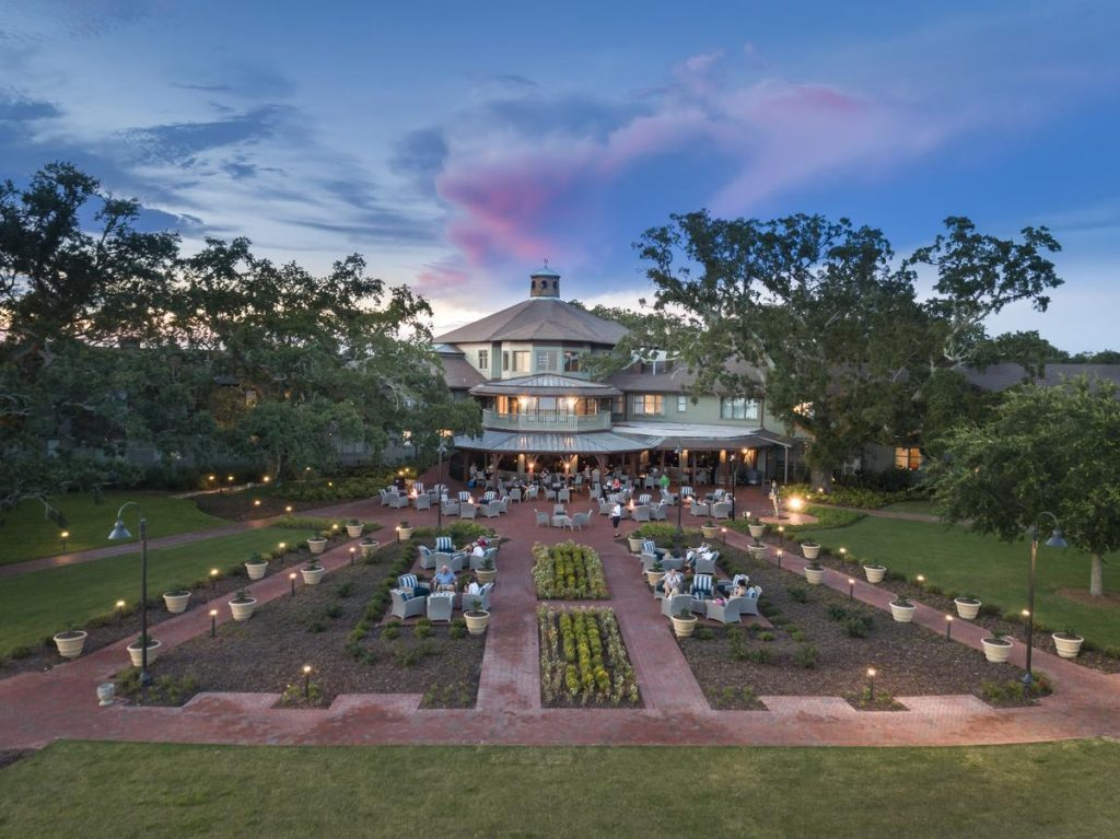 a photo of the grand hotel golf resort and spa, one of the best weekend getaways in alabama