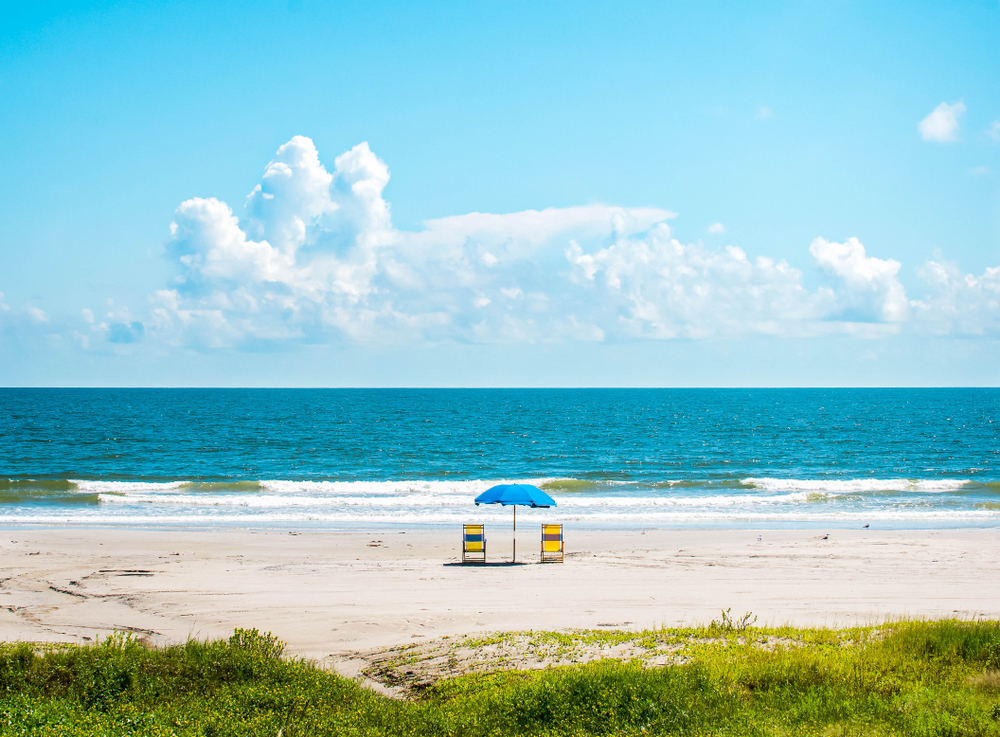 A photo of a sunny day on Galveston Beach. One of the prettiest beaches in Texas.