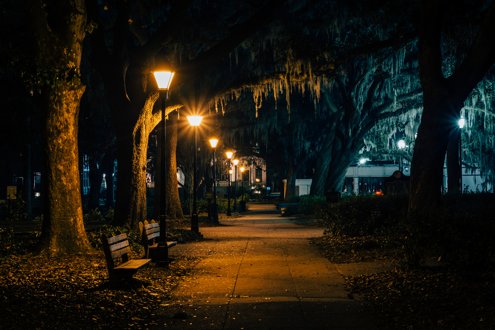 Forsyth Park is spooky during ghosts tours in Savannah.