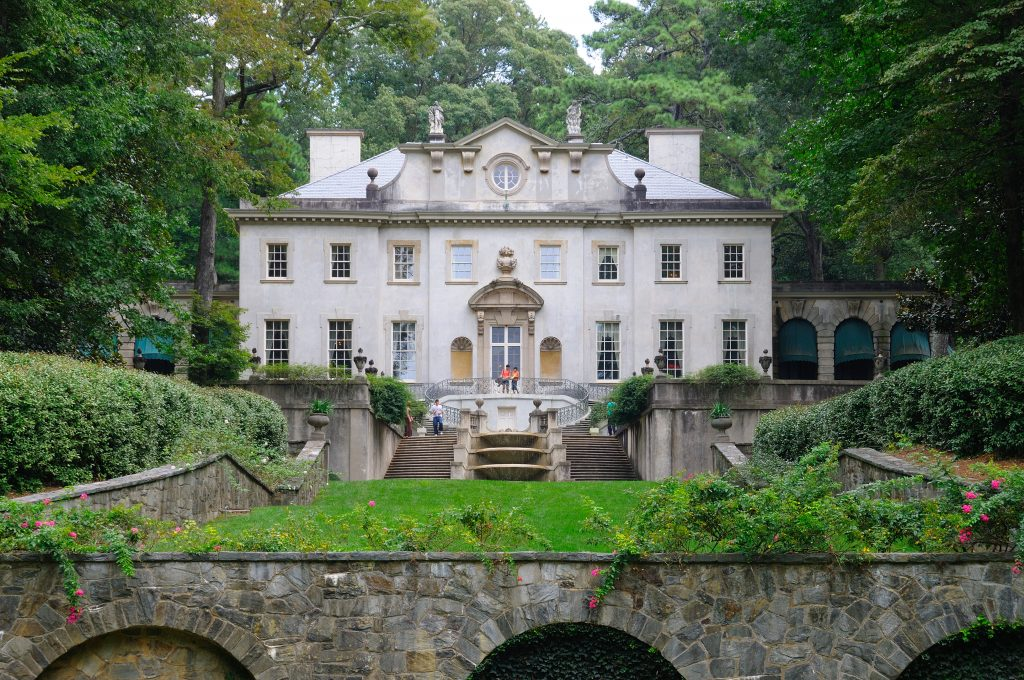 Swan House, the setting for President Snow's mansion in the Hunger Games movies.