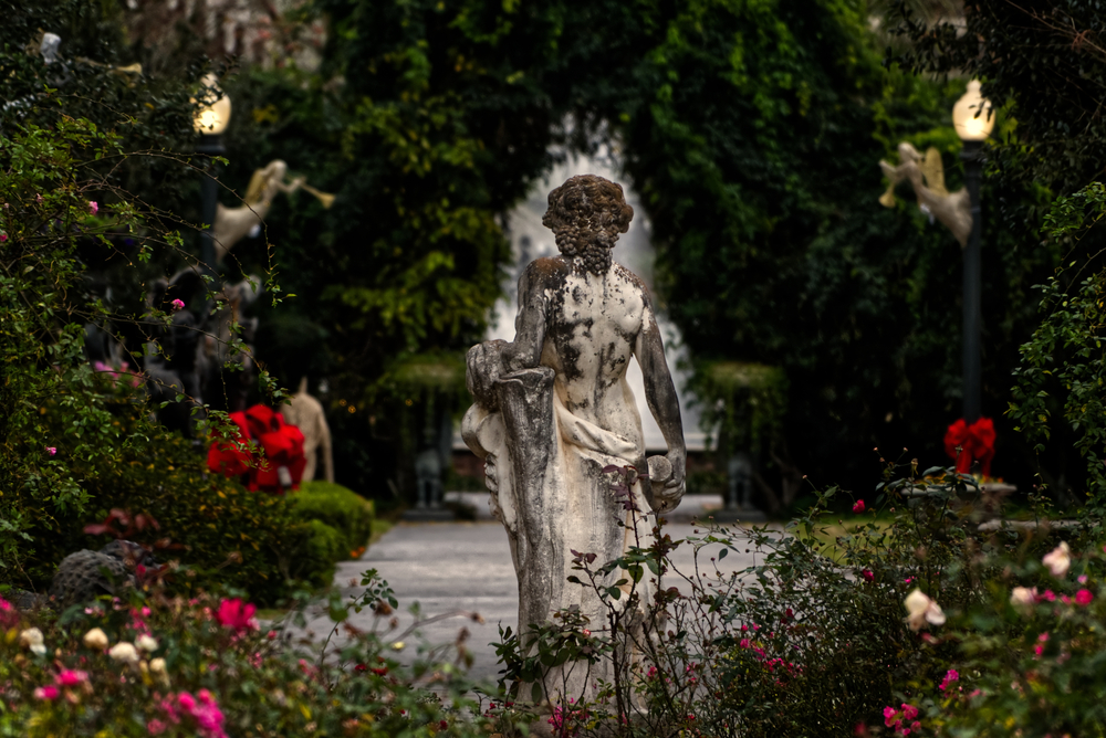A statue in the garden of the Houmas House.