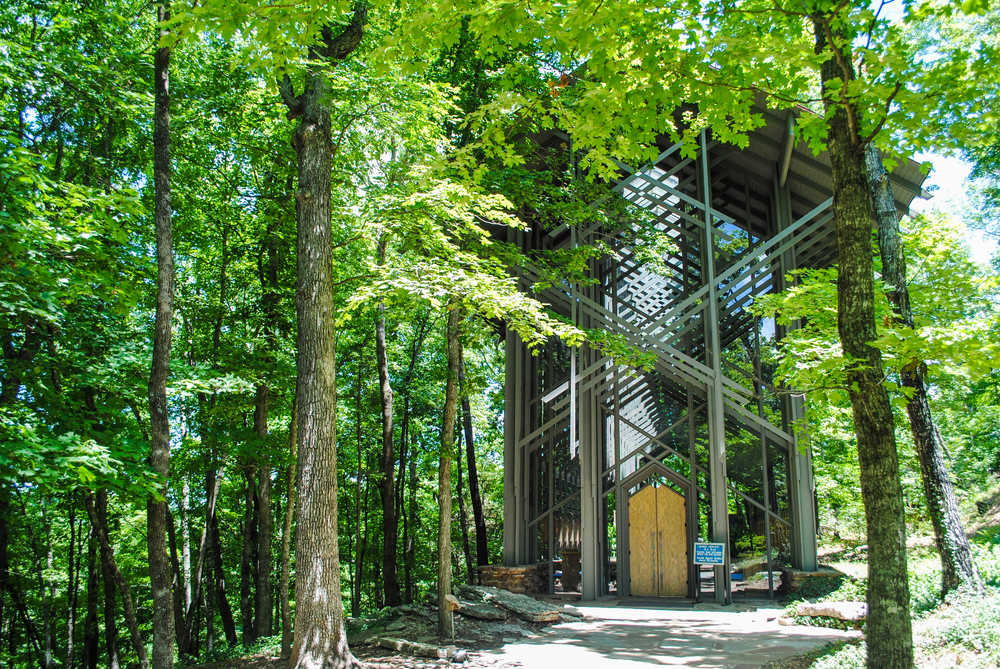 a photo of thorncrown chapel, one of the best Arkansas vacations