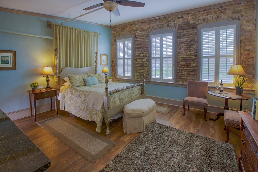 A photo of a VRBO in Charleston that is a romantic suite to vacation at.