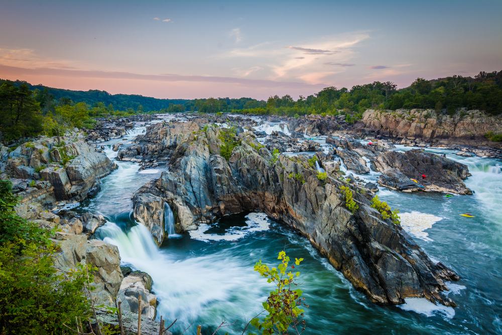 Great Falls Park is one of the prettiest weekend getaways in Virginia.