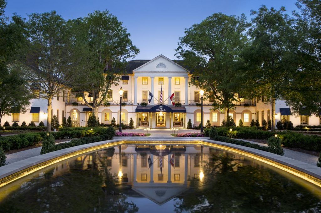 Stay in a fancy hotel for your romantic weekend getaway in Virginia.