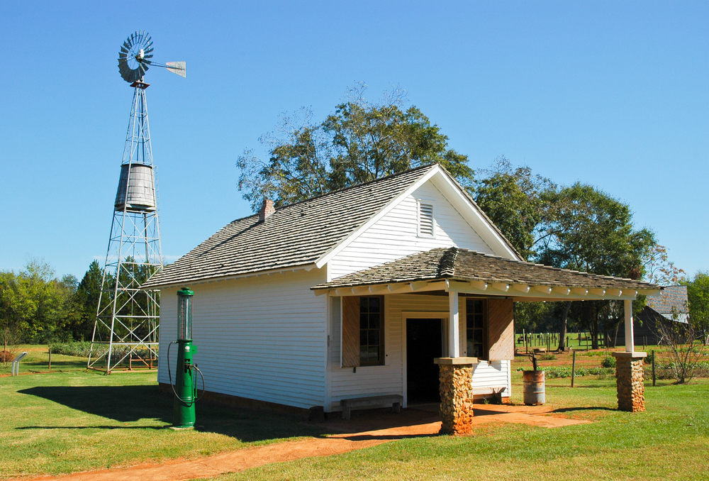 Photo of the Jimmy Carter Boyhood Farm, one of the coolest national parks in Georgia.