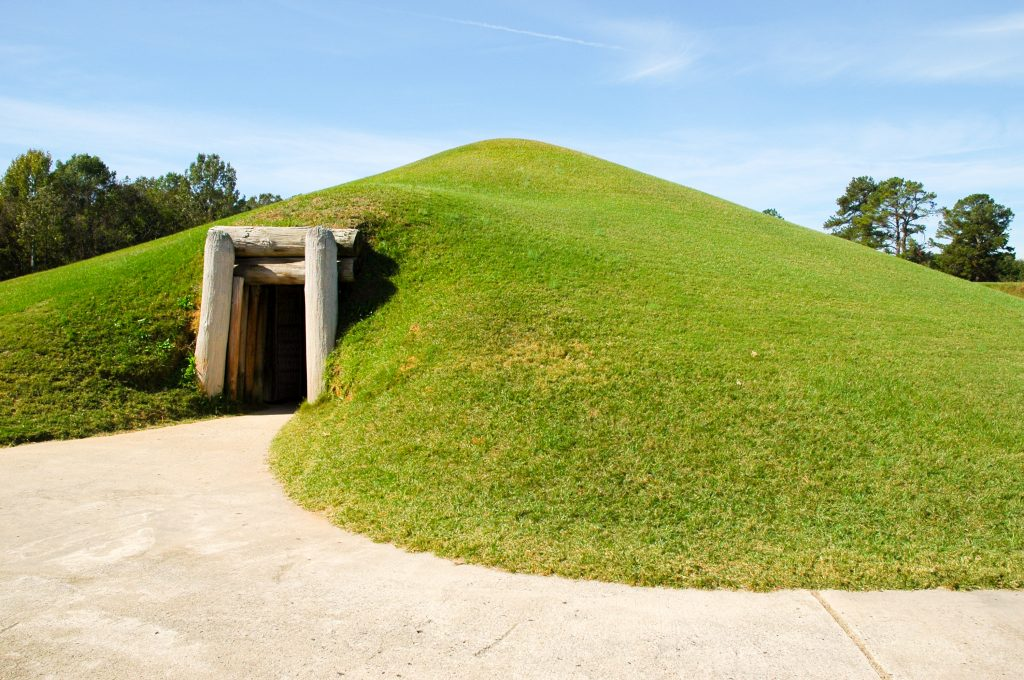Photo of the entrance to the Earth Lodge at Ocmulgee Mounds National Park in Georgia.