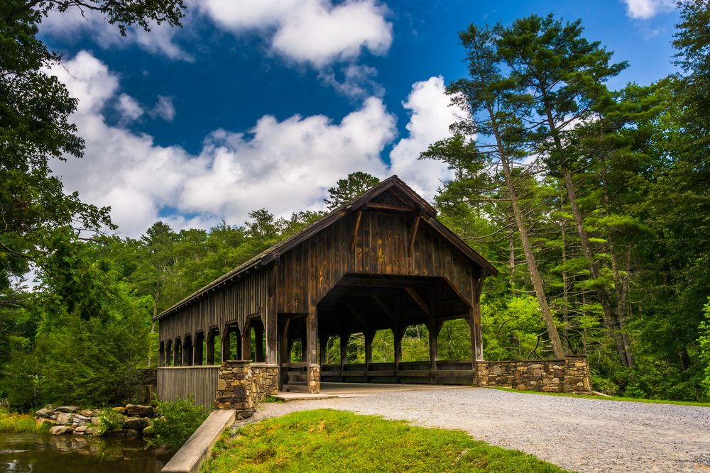 covered bridge in hendersonville, small towns in north carolina