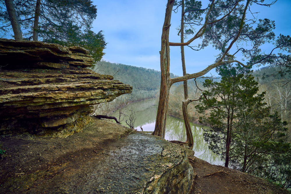 Photo of a view over the Kentucky River from a rocky viewpoint above at River Run Sanctuary, one of the best places for hiking in Kentucky.