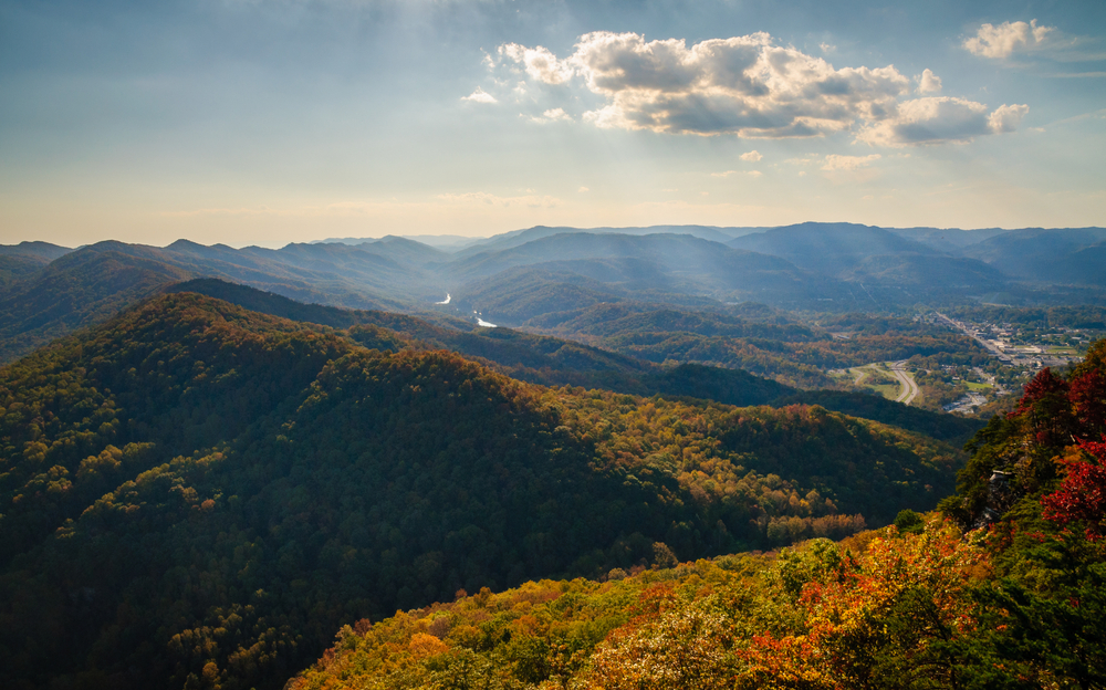 Photo of the view over the mountains from the Tri-State Peak Trail in Cumberland Gap State Historic Park, one of the most interesting places for hiking in Kentucky.