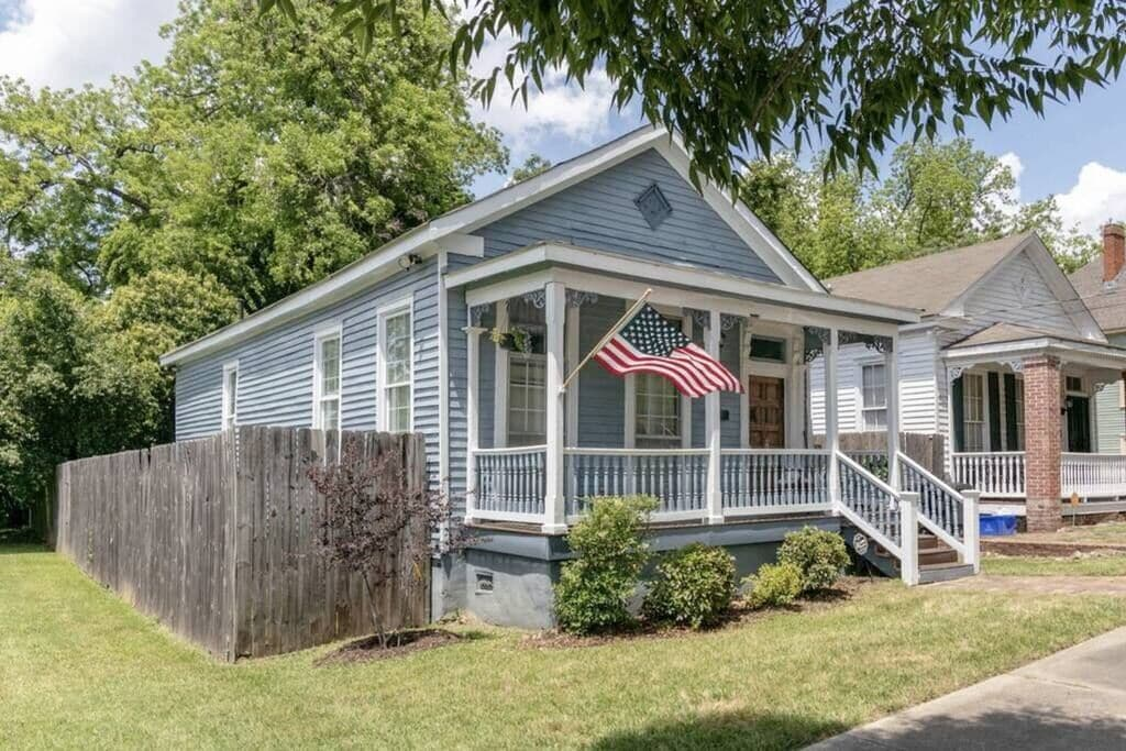 American Cottage, available for rent in Columbus GA.