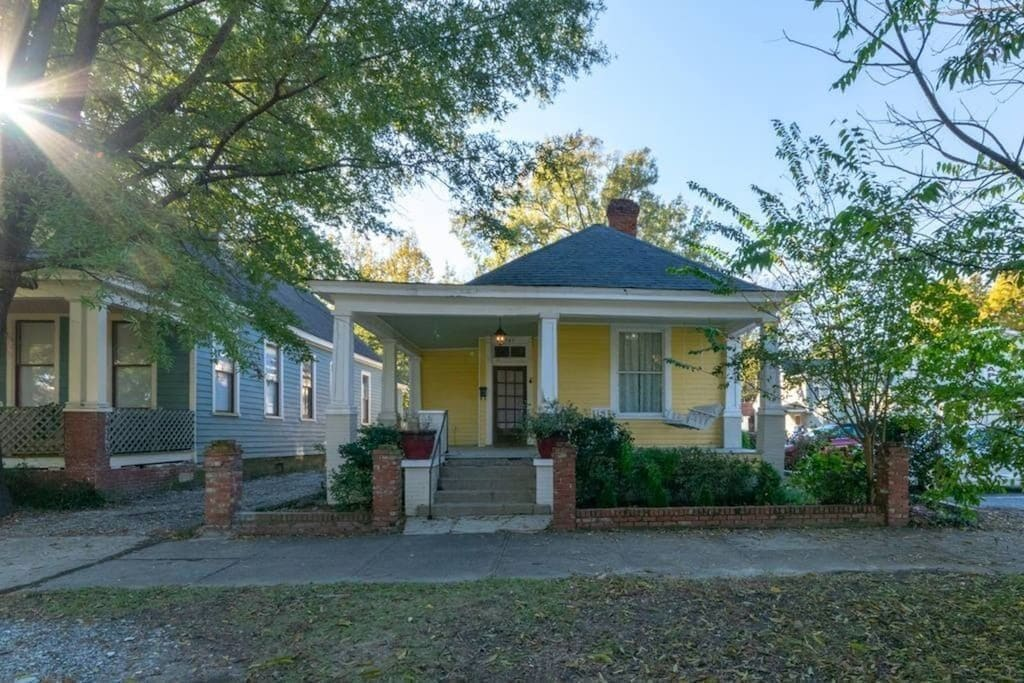 Sunny Southern Manse, one of the best places to rent near Providence Canyon State Park.
