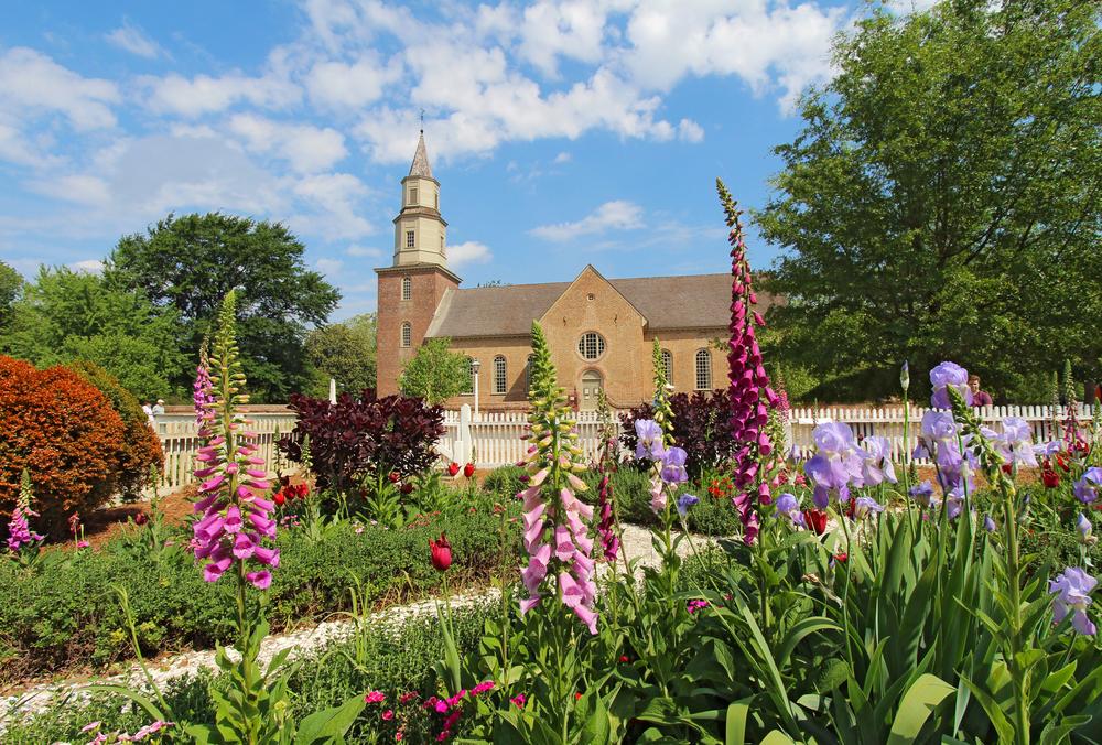 If you like pretty churches, come to Williamsburg, VA.