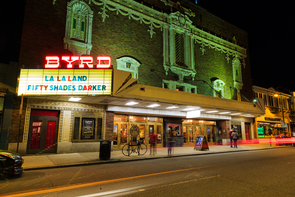 Photo of the historic Byrd theater at night in Richmond's Carytown neighborhood.