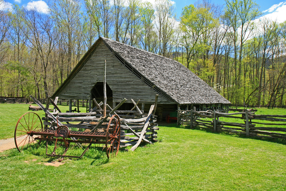 An old barn at the Oconaluftee Indian Village.
